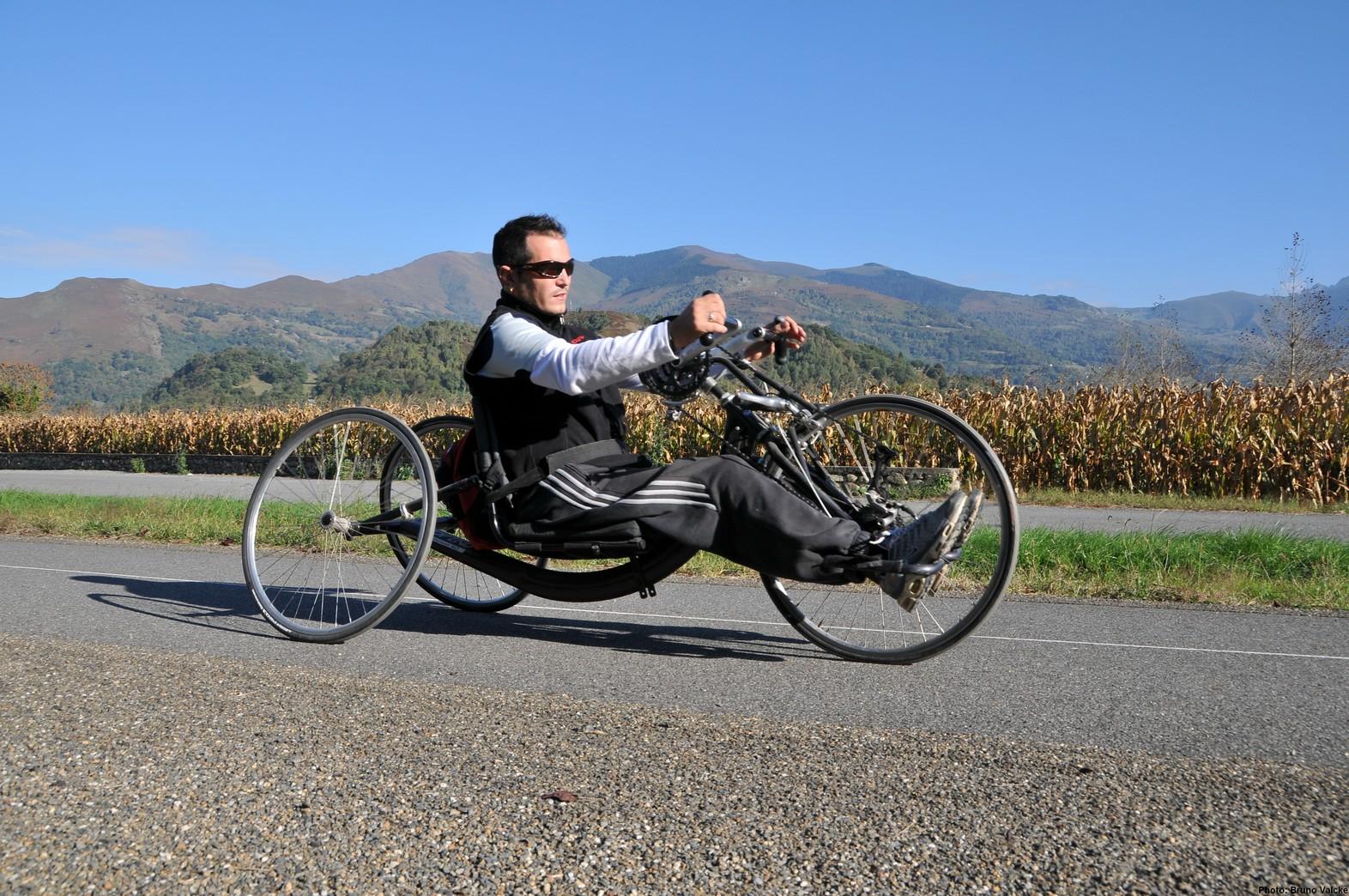http://www.valleesdesgaves.com/gp/Une-voie-accessible-a-tous/55