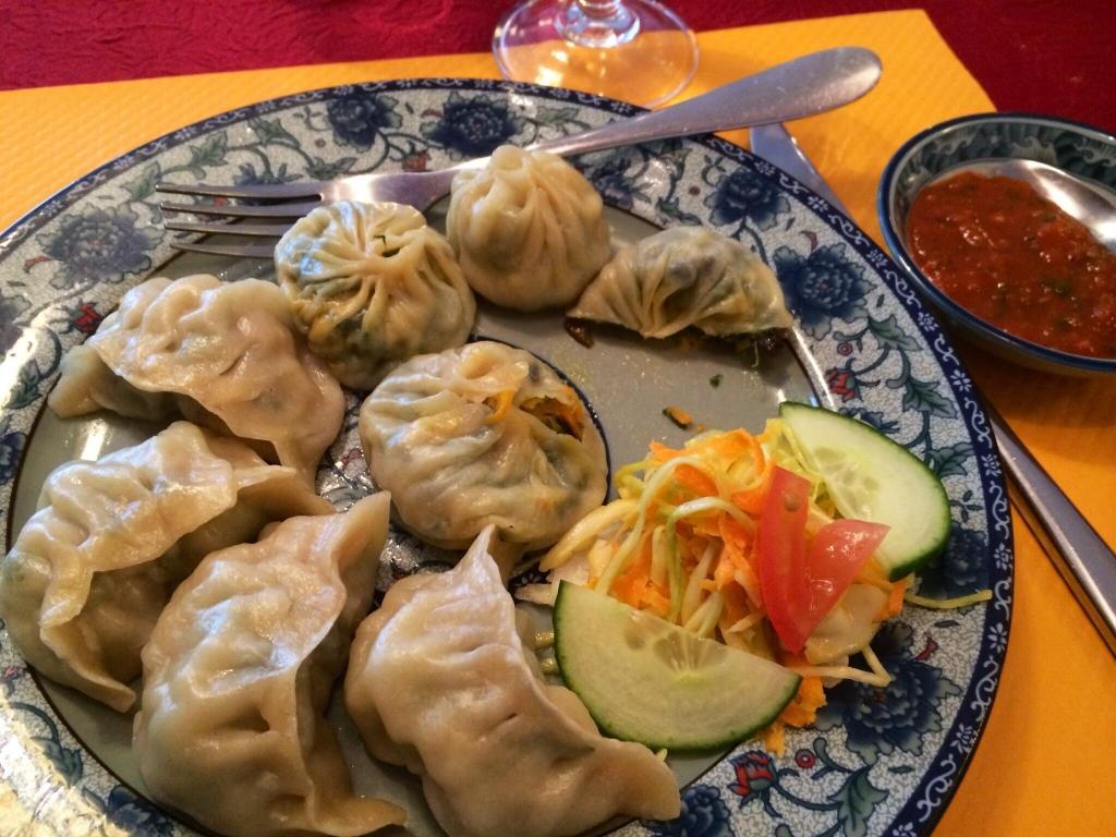 photo originaire de tripadvisor 2014 Ridestrong restaurant tibétain à Lourdes Lung ta