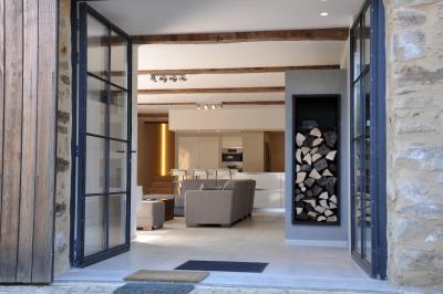 salon grange cocagne saint-pé de bigorre location villa de luxe
